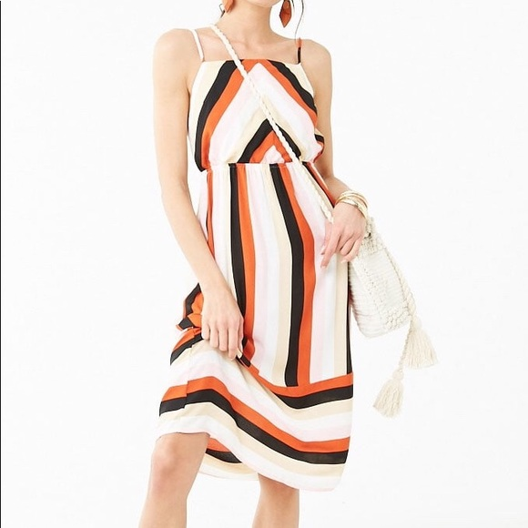 36e048aed2 Chevron Chiffon 70s Style Dress Forever 21 small. Forever 21.  M 5cb01e8d9ed36dea7df45625. M 5cb01e8f08d2c2f9d85ba986.  M 5cb01e8fa20dfce43075a218